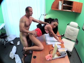 Смотреть итальянское порно мачеха