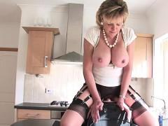 Порно видео женщины за 50