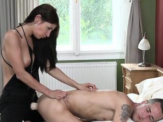 Секс с тремя студентками страпон смотреть порно