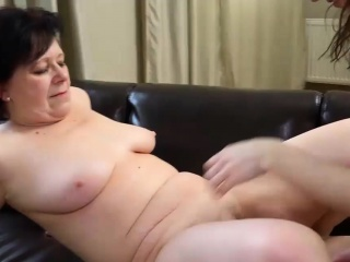 Sexy old mature licks young pussy on the table