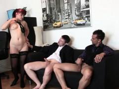 Секс в душе брата и блондинки сестры видео