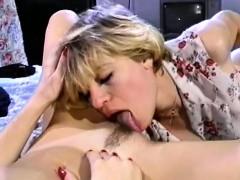 Порно молодые кончить в пизду