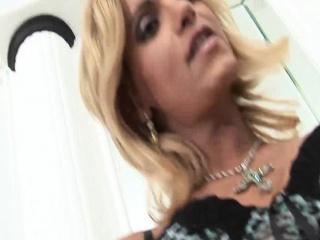 Adriela Vendromine - Beautiful Blonde Shemale Masturbating