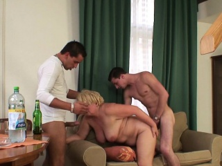 Любительское порно групповое пьяных