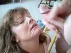 Порно зрелых руками в анус