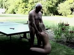 Какие клипы секса можно посмотреть о свнгерах