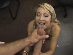 Порно жена дразнит мужа