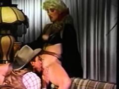 Молодая голая девушка порно