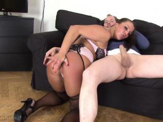 Женская мастурбация об предметы подборка
