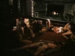 Секс видео как мама учит дач сексу