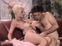 Порно безплатно девствиницы