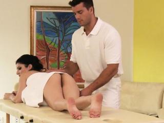 Интимный порно массаж видео смотреть бесплатно