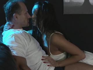 Минет с пухлыми губами смотреть порно онлайн
