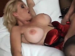 Порно босс трахает секретаршу скрытая камера