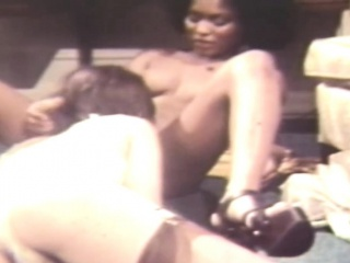 pleasing old porn from 1970