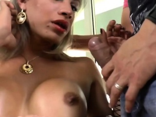 Shemale Leticia Andrade Having Sex With A Guy