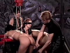 Блондинки в сексуальных карсетах порно фото