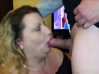Смотреть порно выебал блондинку