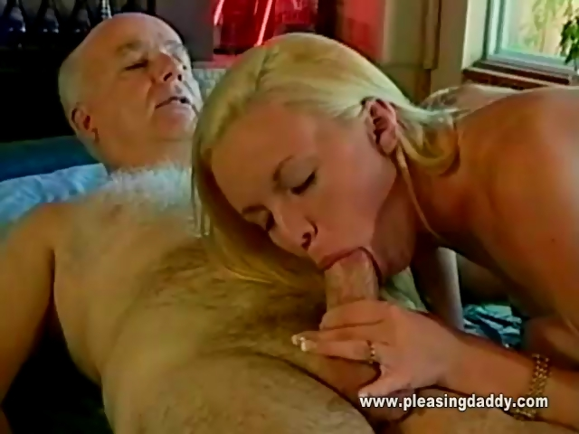 Porno Video of 19 Years Old And She Loves Mature Cock