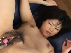 Порно видео кудрявая брюнетка