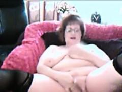 Порно видео толпой обкончали