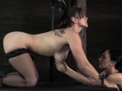 Секс началник трахает секретаршу