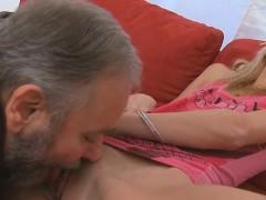 Секс с русскими уборщицами порно видео