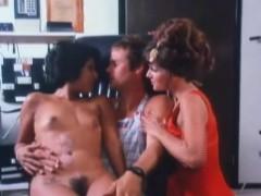 Смотреть порно бесплатно оргазм молодой