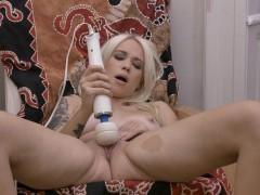 Первый анальный секс девушки видео онлайн