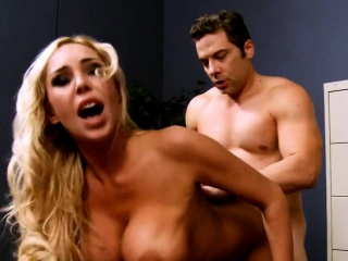 Большие жирные сиськи фильм смотреть порно