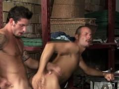 Смотреть порно видео жестко отодрал