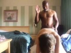 Девушки соблазняют порно видео смотреть онлайн