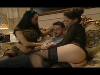 Porno Video of Lucky Guy Fucks 3 Hot Asian