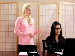 Secretary turns on her big titty mature boss with massage