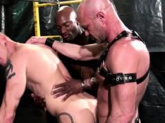 Видео секс в троем с училкой