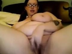 Видео голых зрелых женщин с волосатыми писками