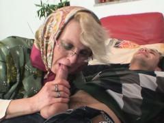Порно видео смотреть старпон