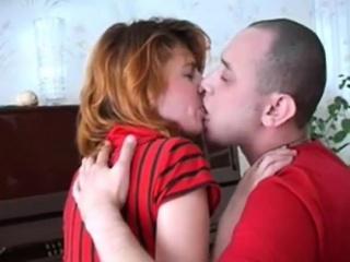 Обычный домашний секс с русской пожилой женщины
