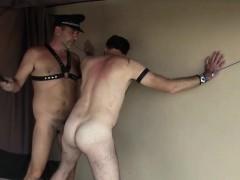Отлизал пизду за долг русское порно