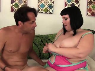 Лесбиянки бурный струйный оргазм