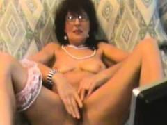 Самое жесткое порно лесбиянок с машинами