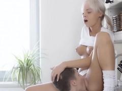 Порно на телефонуж