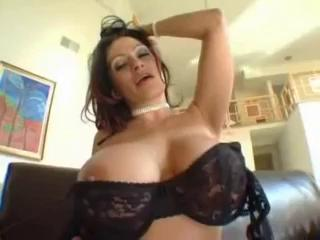 Porno Video of Momma Knows Best