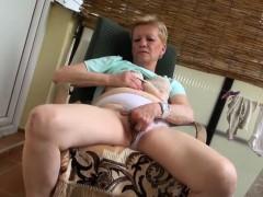 Порно фильм про анальный секс мамаш