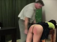 Порно красотка в зеленом платье