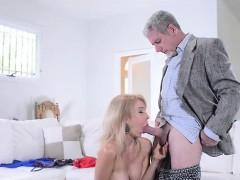Секс с молодыми русскими тетями