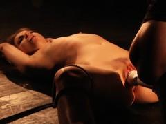 Порно анал с холли сэмпсон