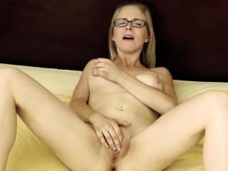 Секс домашний лесбиянки волосатый