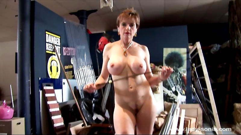 Porno Video of Lady Sonia 938