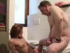 Порно фото галереи мальчики вылизывают киски